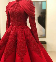 Red Kleid Mode - Beauty is Art Elegant Dresses, Pretty Dresses, Beautiful Dresses, Formal Dresses, Dresses Dresses, Dress Outfits, Fashion Dresses, Dress Up, Hijab Dress