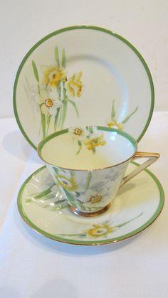 Vintage Royal Doulton Art Deco Trio -  Daffodil  - V2050 - 1938                                                                                                                                                                                 More                                                                                                                                                                                 More