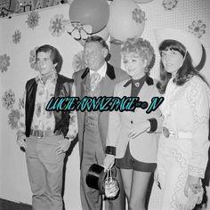 Desi Arnaz Jr. , Gary Morton, Lucille Ball & Lucie Arnaz