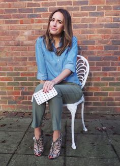 """Casual Chic 