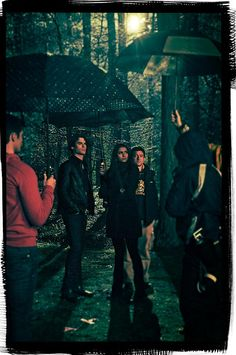 Cool behind the scenes shot- Nina and Ian with the crew.