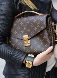 Fashion Trends | Street Styles | Casual Outfits #Louis #Vuitton #Handbags Outlet, For The Woman With Timeless Style, The Louis Vuitton Summer 2016 Collection, I Believe You Will Love LV Handbags, You Can Get Any Style You Want At Here!!!