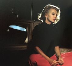 This obscure desire for beauty Gena Rowlands, Old Hollywood Glamour, Classic Hollywood, John Cassavetes, Alice Faye, Film Story, Dramatic Classic, Star Wars, Portraits