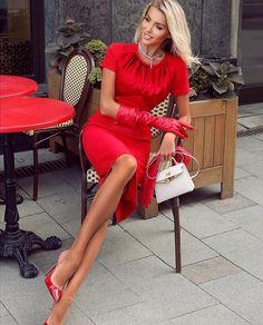 Red Fashion, Fashion Looks, Womens Fashion, Elegantes Outfit Frau, Sexy Dresses, Fashion Dresses, Talons Sexy, Party Mode, Little Red Dress