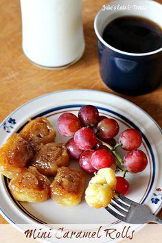 Mini Caramel Rolls| www.julieseatsandtreats.com | #carmel #rolls #dessert