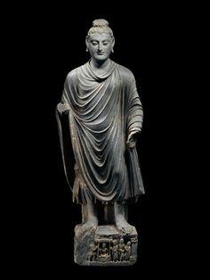 Buddha Sakyamuni - Gandhara 3rd Century - Schist
