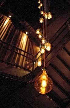 decorativas metal bombillas decorativas decorar con simples bombillas luces deco con cables iluminacion iluminacin creativa bohemia