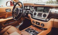 2014 Rolls Royce Wraith interior.