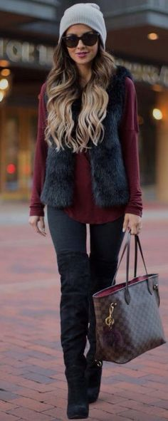 I'm still not crazy about the furry vest look, but I do like this outfit. I'd prefer a puffer vest, though.//Pretty winter outfits to try this year//Winter fashion//Outfit ideas//Cold weather outfits//Dressy casual//Boots outfit// Fur Vest Outfits, Casual Outfits, Work Outfits, Black Outfits, Outfit Jeans, Blouse Outfit, Casual Boots, Look Fashion, Fashion Outfits
