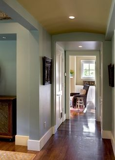 Herb Bouquet 460 Paint - Benjamin Moore This color is part of the Classic Color Collection. Surround yourself with your color favorites. These timeless, elegant, Classic Colors guarantee beautiful, usable color all the time, every time