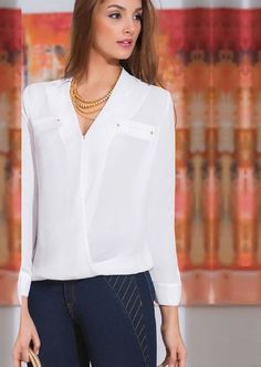 Kritterium - FIBONACCI Estilo Fashion, White Shirts, Work Fashion, Chiffon Tops, Womens Fashion, Collar Blouse, Outfits, Clothes, Angel