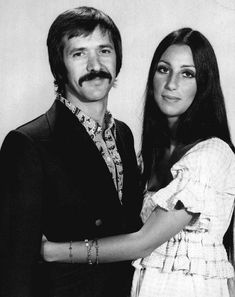 Cher Says Divorce Death Arent Stopping Sonny Bono From Paying Her Visits I Got You Babe, Cher Bono, Famous Couples, Celebs, Celebrities, Celebrity Couples, Basel, American Singers, Record Producer