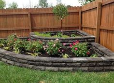 Idea, methods, and also resource with regards to getting the greatest end result and also coming up with the optimum utilization of Front Home Landscaping Small Backyard Landscaping, Front Yard Landscaping, Backyard Patio, Backyard Ideas, Corner Landscaping Ideas, Patio Ideas, Mulch Landscaping, Porch Ideas, Garden Yard Ideas