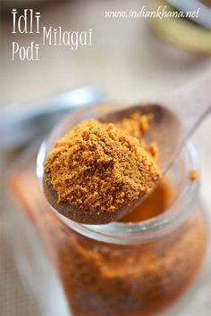 Idli Milagai Podi is vegan chutney powder made with dals, red chili and makes great side dish with idli-dosa