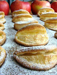notatnik kulinarny Odkrywców: Drożdżowo - kruche ciastka z jabłkami