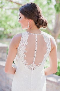 This dress is amazing: http://www.stylemepretty.com/little-black-book-blog/2015/01/26/romantic-stonebridge-manor-wedding/ | Photography: Elyse Hall - http://elysehall.com/