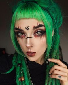 I feel like this year has gone by so fast! It's kind of terrifying actually 😅 I have so many things planned for the upcoming months, things… Elven Makeup, Witchy Makeup, Fantasy Makeup, Glam Makeup, Makeup Art, Beauty Makeup, Hair Makeup, Makeup Ideas, Cosplay Makeup