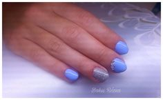 Blue and silver gel nail