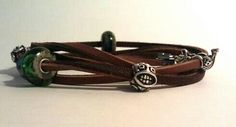 Two-color leather bracelet. New and Old earth are good glass companion!
