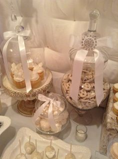 We Heart Parties: Party Information - Alexandra's First Communion Christening Table Decorations, First Communion Decorations, Baptism Centerpieces, First Holy Communion Cake, First Communion Favors, Baptism Party, Boy Baptism, Baptism Ideas, Comunion Cakes