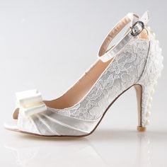 73.47$  Buy here - http://alix10.worldwells.pw/go.php?t=32432856819 - Handmade elegant white lace shoes with satin bow pearls 8cm heels mint green party wedding quinceanera ankle strap pumps lady 73.47$