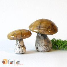 Lot de 2 champignons jaunes et blanc en Céramique RAKU