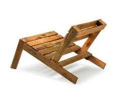 Wood Pallet Furniture on Nina Tolstrup Pallet Furniture Projects Pallet Chair, Diy Pallet Furniture, Upcycled Furniture, Furniture Projects, Furniture Making, Pallet Lounger, Wooden Furniture, Pallet Patio, Outdoor Pallet