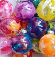 Melted crayon ornaments fit