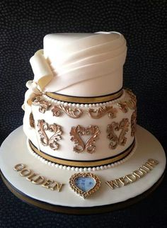 Beautiful elegant design cake