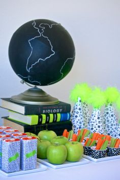 Love the free printables! Back to School With Neon Party! #backtoschool #printables