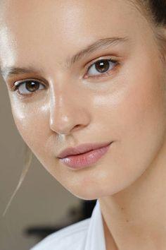 Fall Glowy Skin Trends for Night - Fall 2012 Beauty Trends - ELLE