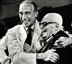 1982 - Italia campione del mondo, il ct Bearzot festeggia con il Presidente Pertini (Ansa)