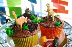 Cupcakes at a Dinosaur Party #dinosaur #party