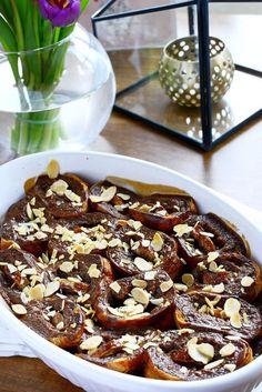 Chocolate Cream, Banana and Croissant Pudding Chocolate Custard, Chocolate Cream, Raspberry Syrup Recipes, Beautiful Desserts, Recipe Box, Dessert Recipes, Pudding, Cooking, Breakfast