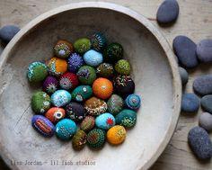Art-o-mat stones