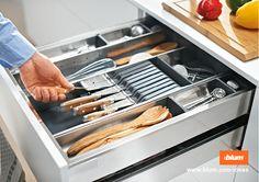 ORGA-LINE knife holder keeps knives safely stored in your kitchen drawer. More on www.blum.com/ideas