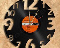 Parete orologio Vinyl Record orologio Upcycled di geoartcrafts