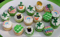 St. Patrick's Day Cupcakes! #cupcakes #decorating #green #stpatricksday #stpattysday