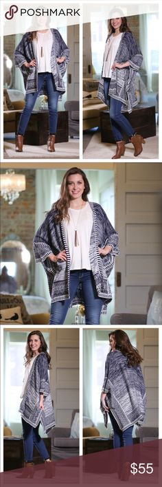 🆕Navy And White Oversized Cardigan 💯 Acrylic Beautiful Sweater to wear with jeans , jeans shorts , navy leggings lots of versatility. I would also recommend for those cool days on the beach. Infinity Raine Sweaters Cardigans