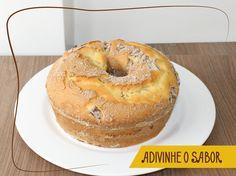 os fãs de carteirinha do Bolo Nobre: quem consegue adivinhar o sabor deste bolo que acabou de sair?  Responderemos mais tarde. :D
