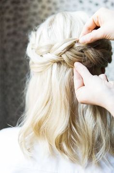 So pretty! I wonder if my hair is long enough to try this...