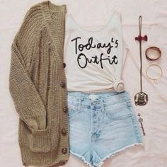 Cute denim bright shorts (a little longer) with top tee and green warm sweater and braslate the best and cute fresh teenage fashion trend Cute Fashion, Look Fashion, Teen Fashion, Fashion Outfits, Fashion Trends, Fashion Shirts, Fashion 2015, Spring Fashion, Fashion Ideas