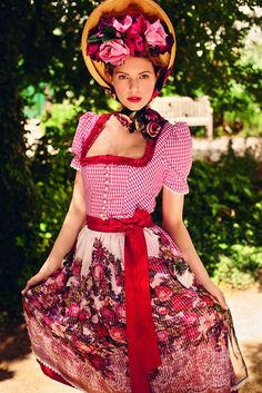 Red rose dirndl