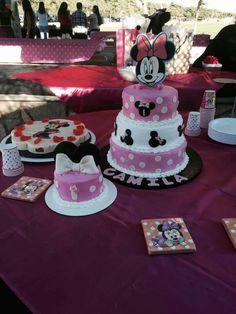 Minnie Minnie