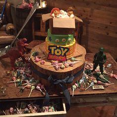 TOY STORY   wedding cake