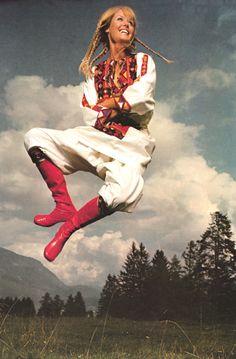 New post on thegikitiki Seventies Fashion, Mad Men, 1970s, Autumn Fashion, Fall Winter, Style Inspiration, Vintage, 70s Fashion, Fall Fashion