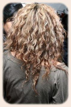 Shakira #curls #cachos