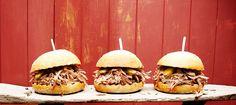 Burgers de porc à l'effiloché de la Caroline, une recette du Maître du Grill