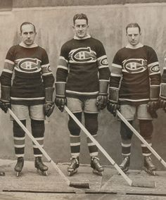 Howie Morenz, Alfred (Pit) Lepine and Aurel Joliat - Montreal Canadiens Montreal Canadiens, Hockey Games, Hockey Players, Hockey Pictures, Usa Hockey, National Hockey League, New York Rangers, Canada, Sports Photos