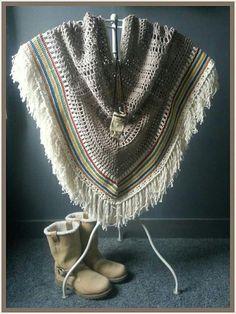 Little indian poncho ... made by Sas!! (Patroon is te koop)  https://m.facebook.com/mijnschoonzusenik